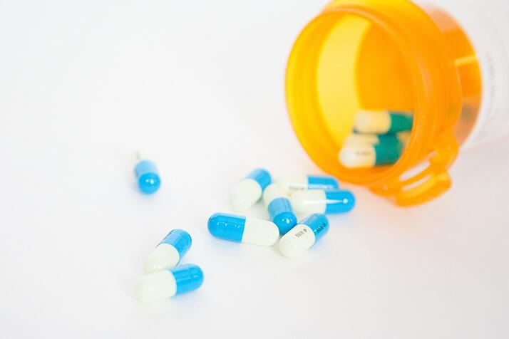 overcoming-addiction-with-medication-assisted-treatment.jpg